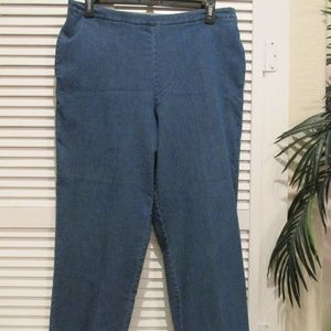 Alfred Dunner jeans w/back elastic waistband